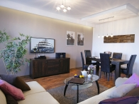 "<span class=""field-content""><a href=""/pl/apartament-aviator-suite"">Apartament AVIATOR SUITE</a></span>"